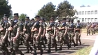 Défilé des troupes lors cérémonie de dissolution du 18° RT