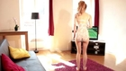 Sexy Girls Diary - Marleen : Sexy hot woman playing Wii games